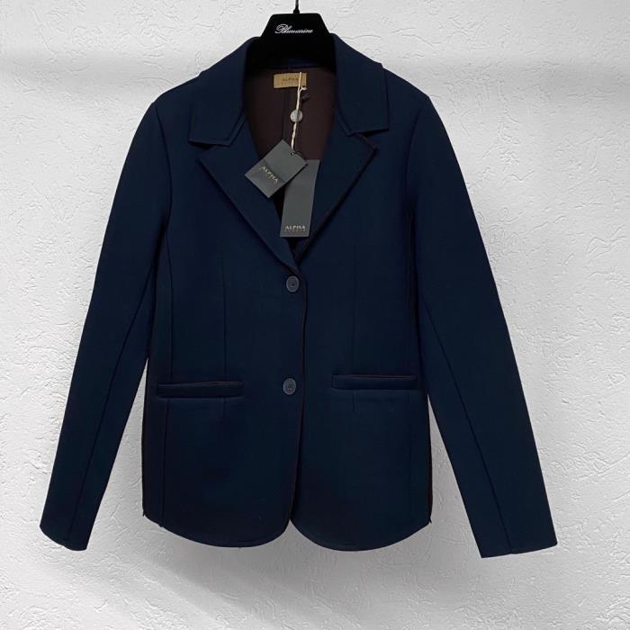 Жакеты и пиджаки размера M (RU)
