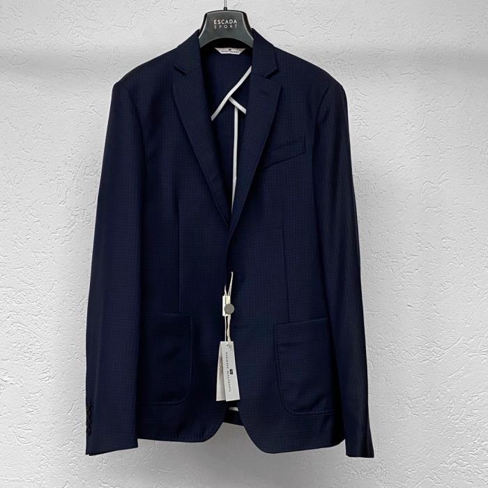 Жакеты и пиджаки размера L (RU)