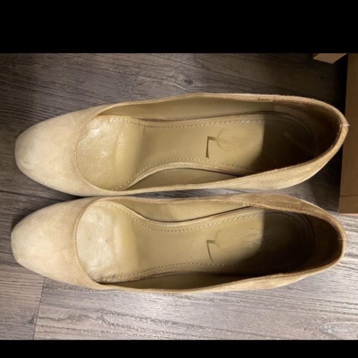 Туфли размера 37 (RU)
